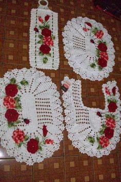 Jogo de banheiro com flores e joaninhas 4 peças - Classificados de Artesanato da…