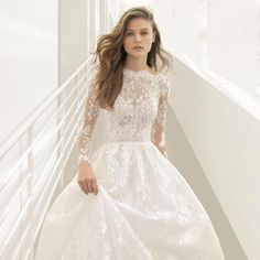 "2,262 Likes, 12 Comments - Rosa Clará (@rosa_clara) on Instagram: ""Sensualidad  Sensuality  . #rosaclara #rosaclara2018 #rosaclarabride #novia #boda #wedding #bride"""