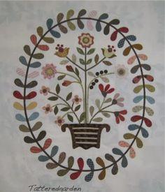 Tattered Garden Quilting: Auntie Green's Wreath