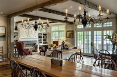 Connecticut lake house maximizing its privileged location