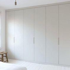 Trendy bedroom wardrobe ideas built ins cupboards ideas Bedroom Closet Design, Gray Bedroom, Trendy Bedroom, Bedroom Sets, Queen Bedroom, Bedroom Wall, Wardrobe Furniture, Diy Wardrobe, Wardrobe Ideas