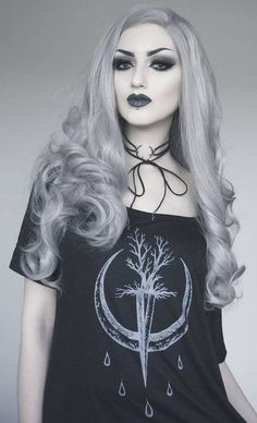 Goth | Gothic | Victorian | Cyber | Pastel | Beauty | Fashion | Costume | Couture | Obsidian Kerttu