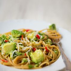 Sydänmerkki / Elina Himanen Chili, Spaghetti, Ethnic Recipes, Food, Chile, Essen, Meals, Chilis, Yemek