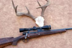 Beautiful Custom Rifles This vintage David Miller rifle was crafted using a Mauser small ring action and was Miller's personal hunting rifle for a number of years. Shown alongside the rifle is a record-book Coues deer trophy. The rifle is presen Lever Action Rifles, Bolt Action Rifle, Bushcraft, Rifle Stock, Hunting Rifles, Guns And Ammo, Shotgun, Club International, David Miller