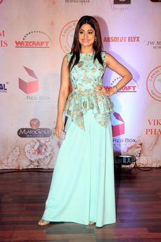 Shamita Shetty in a light blue coloured palazzo and top at Vikram Phadnis's fashion show. Indian Gowns Dresses, Indian Fashion Dresses, Indian Designer Outfits, Unique Dresses, Stylish Dresses, Indian Outfits, 50 Fashion, Fashion Styles, Designer Party Wear Dresses