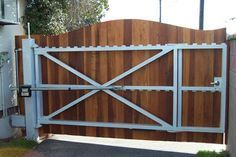 Ralph Walters uses Lincoln Electric& Wire-Matic™ 255 to build an automatic driveway gate. Metal Driveway Gates, Wood Fence Gates, Driveway Entrance, Wooden Gates, Fencing, Driveway Gate Openers, Side Gates, Entrance Gates, Backyard Gates