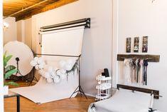 Garage Photography Studio, Home Photo Studio, Newborn Photography Studio, Newborn Studio, Garage Studio, Studio Organization, Photographing Babies, Newborn Photos, Studio Tours