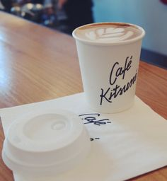 Café Kitsune, Paris