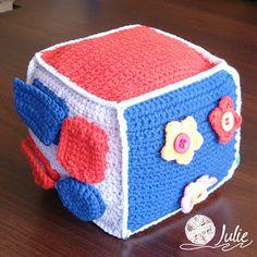 Julie crocheting. Handmade from heart: Развивающий кубик