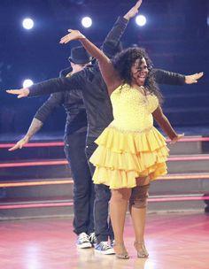 """Wk 9 Amber & Derek with Mark Ballas danced Salsa Trio to """"Que Viva la Vida"""" by Wisin  Scores: 9,9,9 = 27"""