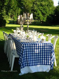 Blue & White so simple  and fun.  Magical. (1) From: Table Twenty One, please visit