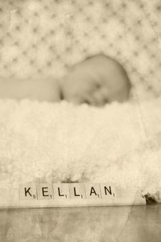 newborn photo idea - i like | http://awesome-lovely-new-born-photos.blogspot.com