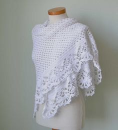VICTORIA Crochet shawl pattern pdf by BernioliesDesigns on Etsy Poncho Au Crochet, Crochet Shawls And Wraps, Crochet Scarves, Crochet Clothes, Crochet Hooks, Knit Crochet, Thread Crochet, Crotchet, Easy Crochet