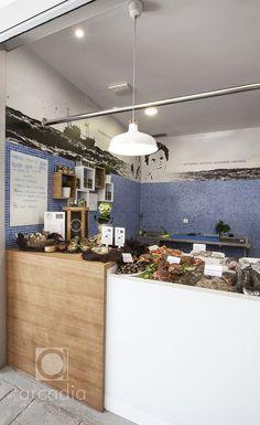 Diseño de Arcadia de un puesto para pescadería Pinche en el recientemente inaugurado Novo Mercado de A Estrada. Fotografías de Emec...
