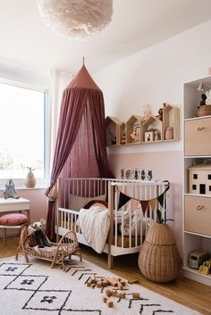 Our girl& room and how it changed over the years - mini & style - Kinder // Kinderzimmer Baby Room Boy, Baby Bedroom, Baby Room Decor, Nursery Room, Girl Nursery, Girls Bedroom, Nursery Decor, Interior Design Minimalist, Small Nurseries