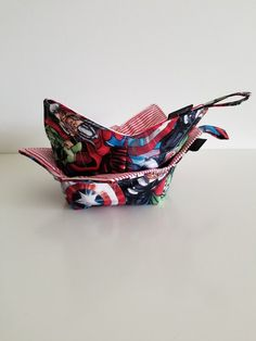 Your place to buy and sell all things handmade Microwave Bowls, Marvel Gifts, Cotton Bowl, Easy Sewing Projects, Hot Pads, Hulk, Red Black