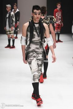 Models walked on clothing that resonate aliens and robotic looks or something that would remind you of a super hero on sci-fi flicks.
