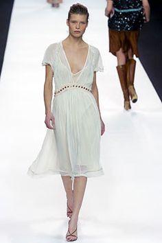 Chloé Fall 2004 Ready-to-Wear Fashion Show - Louise Pedersen