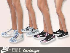 4 Nike Roshes for teen-elder females.  Found in TSR Category 'Sims 4 Shoes Female'