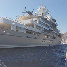 """Luxury Yatchs Mega Interior Lifestyle Design Most Expensive Boat 👉 Get Your FREE Guide """"The Best Ways To Make Money Online"""" Super Yachts, Big Yachts, Sport Yacht, Yacht Boat, Lurssen Yachts, Explorer Yacht, Expedition Yachts, Fast Boats, Private Yacht"""