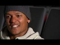 Robert Earnshaw: The Celebration