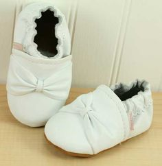 White Bow - Soft Sole Leather Baby Shoes-White Bow - Soft Sole Leather Baby Shoes. shoo la roo baby shoes