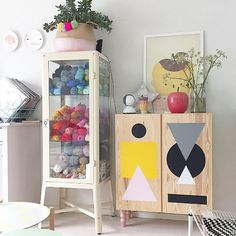 Prettypegs Blog - Prettypegs - Fancy a cool TV stand?