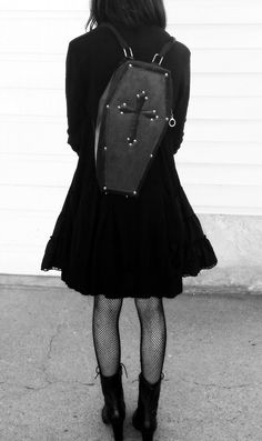 Elegance in Darkness — graveyard-whimsy  Ootd for hanging around. c40d0795cd8