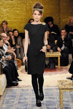 Chanel Pre-Fall 2011 Fashion Show - Bambi Northwood-Blyth