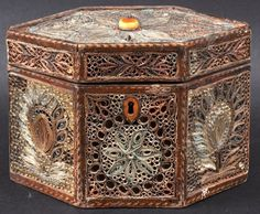 A Rare George III Rolled Paper Filigree Gilt Wood Tea C : Lot 1486