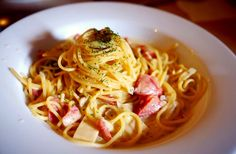 A simple happiness you can found on dinner with lovely companion. Happy eat the Spaghetti Aglio Olio mixed with Tuna!