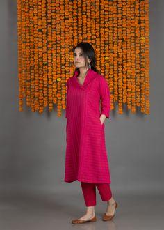 The soft and supple fabric in Sambhalpuri and Pochampally patterns styled in sleek designs are a wardrobe-essential. Silk Kurti Designs, Salwar Designs, Kurta Designs Women, Kurti Designs Party Wear, Saree Blouse Designs, Red Kurti, Pink Kurti, Stylish Tops For Women, Kurta Patterns