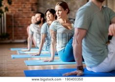 Chiropractors have picked up on the benefits of yoga and are recommending it to their patients because it helps to improve spinal health. For Answers to any questions you may have please call Dr. Tai Chi, You Fitness, Physical Fitness, Knee Exercises, Abdominal Exercises, Aerobics Workout, Knee Pain, Yoga Benefits, Wellness Tips
