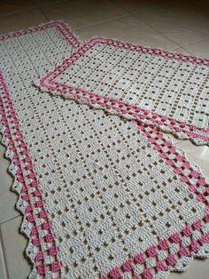 Photo from album Crochet Dollies, Crochet Potholders, Crochet Blocks, Filet Crochet, Crochet Motif, Diy Crochet, Crochet Table Runner, Crochet Tablecloth, Doily Patterns