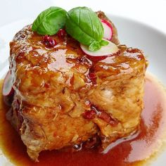 Cube d'épaule d'agneau confite.... #menubistronomique #agneau #fondant #Food #Foodista #PornFood #Cuisine #Yummy #Cooking