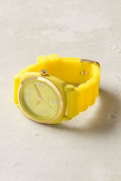 neon yellow watch ... i am so ahead of this trend ;o)