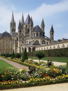 Stephens Christian Church, Abbaye Aux Hommes, Caen, Basse Normandie (Normandy), France by Philip Craven : Artists Beautiful Castles, Beautiful Buildings, Beautiful Places, Places Around The World, Around The Worlds, Normandie France, Caen, Cathedral Church, Palaces