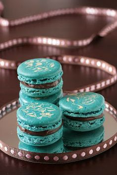 tartelette swirly macarons and a birthday more swirly macaron blue ...