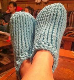 Crochet Patterns by Jennifer: Adult Chunky Slipper - Free Crochet Pattern
