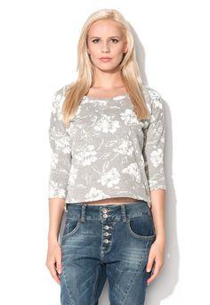 Vero Moda http://www.fashiondays.ro/campaign/stylish-fara-efort-97959-1/?referrer=1150679&utm_source=pinterest&utm_medium=post&utm_term=&utm_content=&utm_campaign=vero_moda