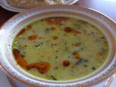 Terbiyeli ıspanak çorbası Veggie Recipes, Baby Food Recipes, Soup Recipes, Dinner Recipes, Turkish Recipes, Italian Recipes, Turkish Kitchen, Soup Kitchen, Kitchen Decor