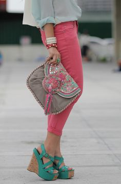 OMG that bag! @Jennifer Swinehart   I was  just looking at this fashion blog to find where this bag is from, and they have the coolest stuff. All from the Phillipines!!  Wish I knew this a few months ago to send you shopping.