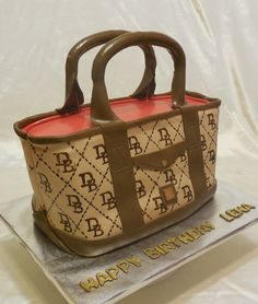 getty images dooney and burke purse cakes | Dooney & Bourke Tote Bag cake