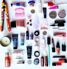 Travel size makeup, travel necessities, carry on makeup, travel packing, tr Travel Makeup Essentials, Travel Size Makeup, Travel Necessities, Airplane Essentials, Purse Essentials, Carry On Makeup, Travel Couple Quotes, Mini Makeup, Packing Tips For Travel