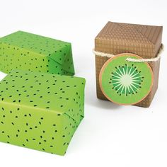 Kiwi gift tag and wrapping paper