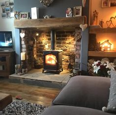 Country Cottage Living, Cottage Lounge, Country Cottage Interiors, Country Style Living Room, Cottage Living Rooms, Living Room Interior, Home Living Room, Living Room Designs, Inglenook Fireplace