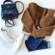 """Šaty a ty on Instagram  """"Oversized svetrov nie je nikdy dost 🙌Rovnako ako  topánok abbfa5b7609"""