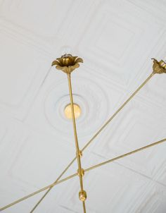 Brass chandelier with oversized arms and floral details are perfect for tall ceilings and large spaces. Bathroom Chandelier, Floral Chandelier, Sputnik Chandelier, Chandelier Lighting, Chandeliers, Modern Victorian, Victorian Design, Modern Lighting Design, Tall Ceilings