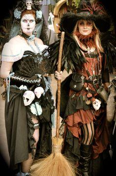 Renaissance Festival Texas. Fantastic, magical Steampunk Witch, Steampunk Halloween, Halloween Cosplay, Halloween Costumes, Renaissance Festival Costumes, Renaissance Clothing, Renaissance Fair, Witch Costumes, Fantasy Costumes