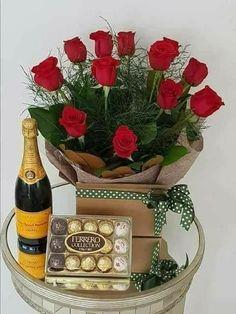Happy Birthday Drinks, Happy Birthday Flowers Wishes, Happy Birthday Ballons, Birthday Cake Roses, Birthday Wishes And Images, Happy Birthday Messages, Happy Birthday Cakes, Birthday Greetings, Cadeau Parents